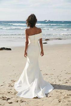 Off The Shoulder Elegant Long Mermaid Beach Bridal Gowns Wedding Dresses, Wedding Dresses Perth, Bridal Dresses, Wedding Gowns, Boho Wedding, Crystal Wedding, Wedding Flowers, One Day Bridal, Spring Dresses, Bridal Style