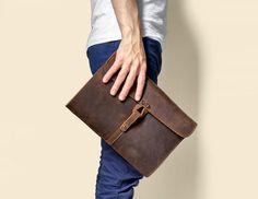Handmade Genuine Natural Leather Clutch, Messenger Bag, Shoulder Bag 9135 Imagen de Embrague de cuero natural genuino hecho a mano, bandolera, bandolera 9135 Men Clutch Bag, Leather Backpack Purse, Leather Clutch Bags, Leather Briefcase, Leather Handbags, Tote Bag, Men's Briefcase, Duffle Bags, Best Leather Wallet