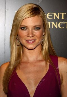 Amy Smart, Smart Buy, Resident Evil, Amy Actress, Smart Image, Planet Hollywood, Logo Design Trends, Beautiful Ladies, Blondes