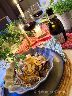 Pasta med oxfilé och tryffel- vi åker till Italien! - Johanna Toftby Pulled Pork, Japchae, Sushi, Food Porn, Baking, Dinner, Ethnic Recipes, Ska, Bakken