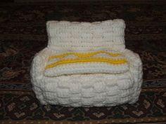 crochet barbie furniture patterns | Free Crochet Pattern-Doll Sofa | Cobblerscabin's Weblog
