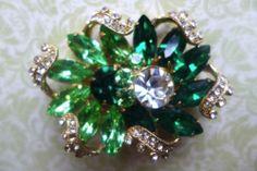 Vintage Signed Eisenberg Emerald and Peridot Rhinestone Double Flower Brooch