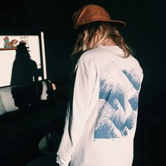Cheers @hannafjell for this shot of our mountain long sleeve - now restocked www.scrt.onl