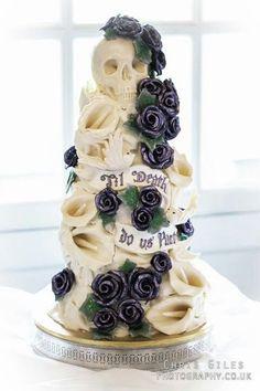 Beautiful skull/rose wedding cake