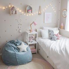 Little girls room inspo. Loving the velvet beanbag from @milktoothau! #whitefoxstyling