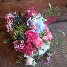 📷😍🌸   Merci  la_fille_aux_fleurs_31  Osez offir de la créativité: www.coleebree.com  #stylistfloral #floral #flower #livraison #fleuriste #fleurs #bouquet #deco #flowerstagram #coleebree  #marketplace #flowerpower #génial @coleebree