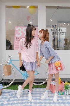 Korean Couple, Korean Girl, Asian Girl, Bff Girls, Cute Girls, Ulzzang Couple, Ulzzang Girl, Korean Best Friends, Best Friend Couples