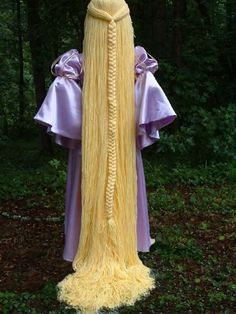 Astounding Rapunzel Style Yarn Wig by fwcreations4All // Some Great Idea's For Yarn Wigs --