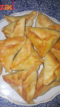 Easy Meal Prep, Easy Meals, Spinach Pie, Lebanese Recipes, Sweet Pastries, Food Decoration, Arabic Food, Best Dishes, Spanakopita