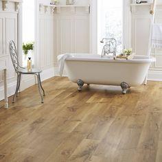 Wood Floor Bathroom, Oak Bathroom, Modern Bathroom Tile, Natural Bathroom, Bathroom Flooring, Kitchen Flooring, Wood Floor Tiles, Wood Look Tile Bathroom, Bathroom Vinyl
