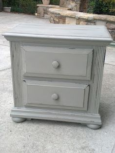 Distressing with Annie Sloan Chalk Paint - Ideas for Painting Furniture - Zimbio