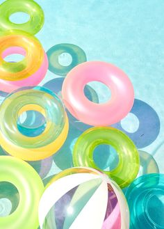 The pastel pool floaties didn't help with the gloomy scene of a strange woodland creature emerging from the woods beside the hotel,but the leaves rustling was covered with the screams of terrified tourists scattering for safety Summer Feeling, Summer Sun, Summer Of Love, Summer Vibes, Summer Pool, Party Summer, Wedding Summer, Free Summer, Beach Party