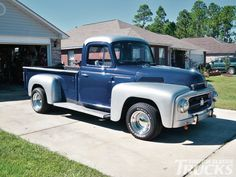 Old International Trucks | 1955 International R120 Side Photo 2