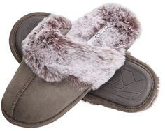 Grey Slippers, Cute Slippers, Slippers For Girls, Leather Slippers, Womens Slippers, Slippers Crochet, Bedroom Slippers, Leather Sandals, Jessica Simpsons