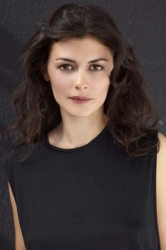 AUDREY TAUTOU - Beautiful color, soft styling