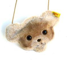 Etsy の vintage steiff teddy bear bag by timelesssdesign