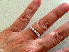 DIY ring with crystal cup chain: Lisa Yang's Jewelry Blog Link to free tutorial