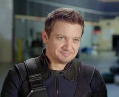 Jeremy With Half Smile Wearing Hawkeye Costume at Captain America - Civil War Behind The Scenes Video in April 2016