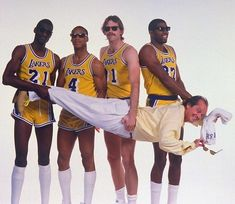 Classic shot! Uhm, as typical for the time, no Kareem... Lakers: Showtime