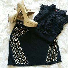 """💞SALE💞 Forever 21 Black Embellished Mini Skirt Amazing Forever 21 Black Embellished Mini Skirt 24"""" waist and 25"""" length Forever 21 Skirts Mini"""