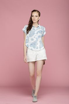 VCA 101 CAMISA ESTAMPADA / VSH 124  SHORT RENDA LOOK