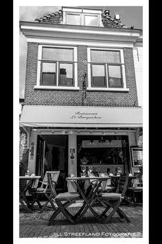 Kerkstraat, Voorburg. Huiskamer restaurant Le Barquichon