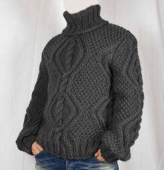 Quality hand-knitted sweater. perfect for your comfort. Men`s woolen sweater is hand knitting from 2 strands 100% wool yarn. weight of the sweater is between 1.2 kg - 2.2 kg (depending on size) if you wish, you can change each measurement The time for handmade (knitted) sweater is about 5-7 Gros Pull Long, Hand Knitted Sweaters, Wool Yarn, Lana, Style Icons, Hand Knitting, Men Sweater, Turtle Neck, Pullover