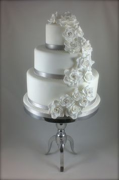Three Tier Wedding Cakes with Roses | Recent Photos The Commons Getty Collection Galleries World Map App ...