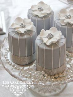The Cake Cuppery Mini Wedding Cakes, Wedding Cupcakes, Mini Cakes, Pretty Cakes, Beautiful Cakes, Amazing Cakes, Mini Tortillas, Fun Cupcakes, Cupcake Cookies