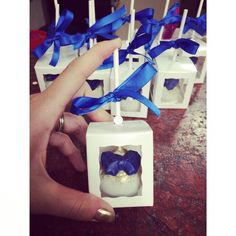 Wedding favors  Royal blue and gold  Www.sdcakepopshop.com
