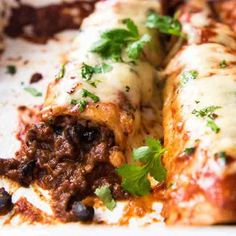 Beef Enchiladas with an extra tasty, saucy filling, smothered with a homemade Enchilada Sauce. My time saving trick is to use one base Enchilada spice mix for both the sauce and filling! Beef Enchiladas I love that Homemade Enchiladas, Beef Enchiladas, Baked Chicken, Chicken Recipes, Roast Chicken, Garlic Chicken, Garlic Salmon, Thai Chicken, Chicken Gyros