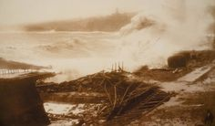 Tormenta en Valparaíso, ca. 1905 Técnica Gelatino bromuro/ 43 x 33 cm Colección MHNV
