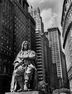 NYC. Manhattan. DePeyster Statue, Bowling Green, New York 1936 by Berenice Abbott.