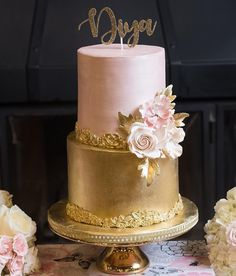 Pink Wedding Cakes 100 Pretty Wedding Cakes To Inspire You For An Unforgettable Wedding - pink and gold wedding cake Cupcakes Decorados, Pretty Wedding Cakes, Pink And Gold Wedding, Gold Cake, New Cake, Cake Decorating Techniques, Wedding Cookies, Fancy Cakes, Beautiful Cakes