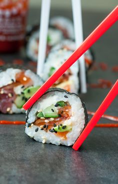 You read that right: BACON SUSHI! These homemade Bacon Avocado Sushi Rolls are slightly unconventional but SO insanely tasty!