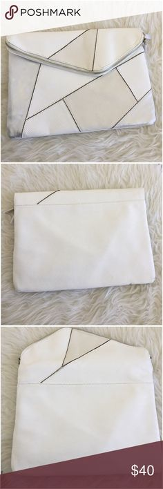 White Grey Right Angle Geometric Patchwork Clutch Ask ALL questions before buying, sales are final. I try to describe the items I sell as accurately as I can but if I missed something, please LMK FIRST so we can resolve it before you leave < 5🌟rating.   🚫TRADES/OFFLINE TRANSACTIONS  🚫LOWBALLING (Please consider the 20% PM fee) ✅Use OFFER BUTTON please  🚭 & 🐶 Free home Street Level  Bags Clutches & Wristlets