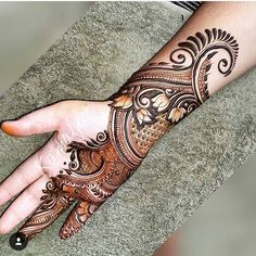 Browse the latest Mehndi Designs Ideas and images for brides online on HappyShappy! We have huge collection of Mehandi Designs for hands and legs, find and save your favorite Mehendi Design images. Latest Simple Mehndi Designs, Latest Bridal Mehndi Designs, Mehndi Designs 2018, Modern Mehndi Designs, Wedding Mehndi Designs, Mehandi Designs, Khafif Mehndi Design, Mehndi Design Pictures, Beautiful Mehndi Design