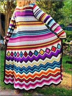 Ravelry: Project Gallery for Crochet cardi Missoni Inspiration pattern by Fashion Martina by corrine Crochet Coat, Crochet Jacket, Love Crochet, Crochet Cardigan, Crochet Granny, Beautiful Crochet, Crochet Shawl, Crochet Clothes, Easy Crochet
