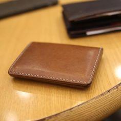 """좋아요 37개, 댓글 2개 - Instagram의 SONG'S LAW(@songslaw.kr)님: """"SONG'S LAW Leather. Card Wallet. 카드지갑 #songslaw #leather #wallet #leatherwallet #cardwallet…"""""""