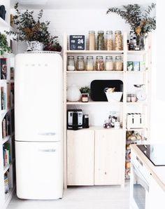 9 Centered Tips AND Tricks: Minimalist Decor Kitchen Small Spaces minimalist home bedroom simple.Minimalist Interior Home Modern minimalist kitchen lighting stools.Minimalist Home Tour Decor. Deco Design, Küchen Design, House Design, Design Ideas, Food Design, Design Layouts, Design Firms, Garden Design, Modern Design