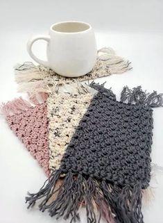 Crochet Coaster Pattern, Crochet Patterns, Yarn Projects, Crochet Projects, Macrame Projects, Crochet Gifts, Free Crochet, Mug Rug Patterns, Doily Patterns
