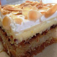 εκμεκ κανταιφι Ekmek Kataifi Recipe, Brownie Recipes, Dessert Recipes, Greek Desserts, Custard, Food To Make, Bakery, Cheesecake, Food And Drink