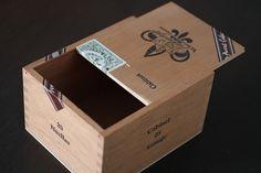 Vintage Wooden Cuban Cigar Box.