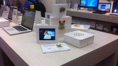 """...заходишь в """"Цифровой - Белый Ветер"""", ищешь взглядом стенд с iPad'ами и MacBook'ами и уверенным шагом движешься к нему. Зачем? Как зачем? Теперь он стал гораздо красивее ;-)"""