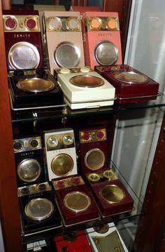 Zenith Royal 500 (Owl Eye) Transistor Radios, Circa 1950s