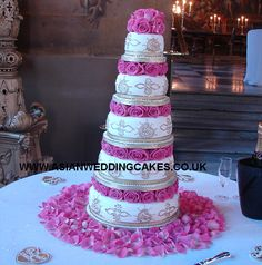 Asian Wedding Cakes :: Product - Royal Icing tower style 262