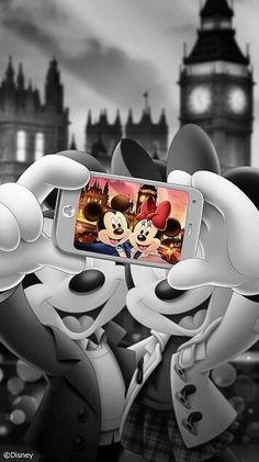 Wallpaper Disney - Ah şu hayat siyah beyazken bile renkli görenler var. Disney Mickey Mouse, Mickey Mouse Kunst, Retro Disney, Disney Art, Walt Disney, Vintage Disney, Mickey Mouse Wallpaper Iphone, Cute Disney Wallpaper, Disney Images