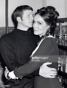 Photo d'actualité : Actress Julie Newmar and actor Robert Reed...