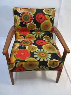 Danish chair, repaired and reupholstered with vintage style canvas. Mid Century Modern Armchair, Mid Century Modern Furniture, Midcentury Modern, Danish Chair, Upcycled Vintage, Accent Chairs, Upholstery, Furniture Design, Vintage Style