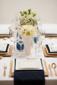 Gorgeous modern blue and gold event styling. #event #events #gold #blue #navy #modern #geometric #table #tablesetting #tablescape #flowers